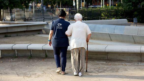 El 68,5% de las personas que acuden a los centros de mayores se sienten solos