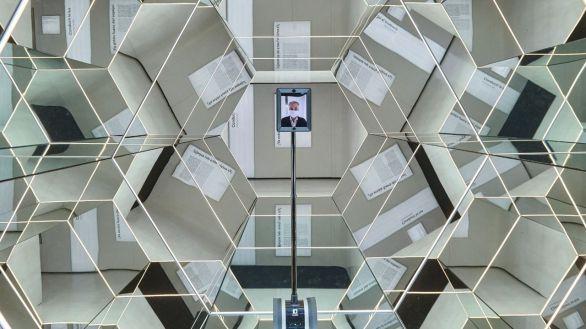Así es Pilar, el robot que hace visitas telepresenciales a exposiciones