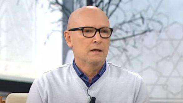 Muere Carlos García-Calvo, experto en moda y cronista de la Reina