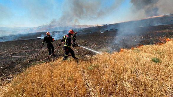 Controlado el incendio de Valdepiélagos tras arder unas 900 hectáreas