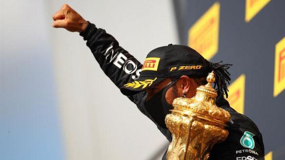 GP Gran Bretaña. Hamilton gana con un neumático pinchado y se escapa