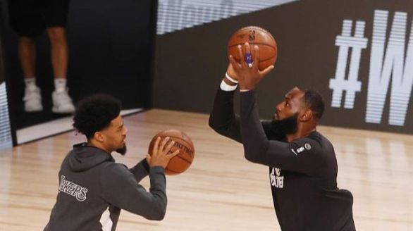 NBA. Los Raptors frenan en seco a los Lakers de LeBron James