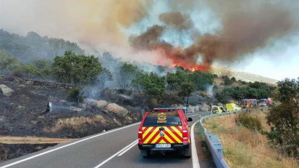 Madrid pide ayuda al Ejército por un incendio en Robledo de Chavela