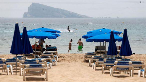El coronavirus deja un junio ruinoso para el turismo en España, que cayó un 98%