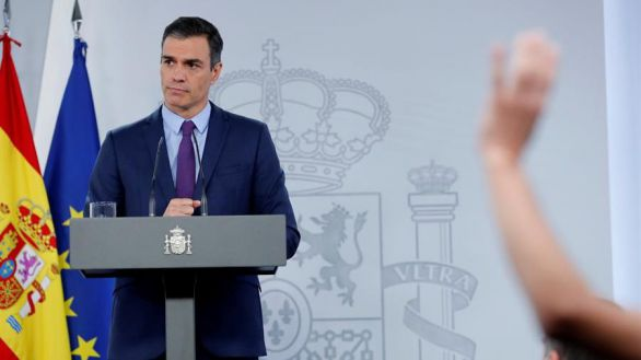 Sánchez defiende la Monarquía y respeta la decisión de la Casa Real