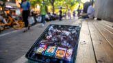 Una tablet con la app TikTok en Shangai.