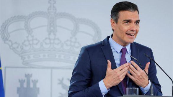 Sánchez envía una carta a la militancia socialista para defender la Monarquía y la Constitución