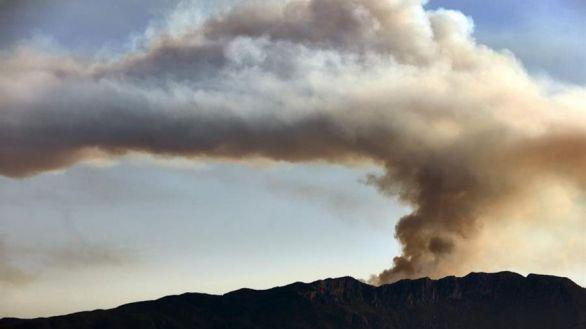 Extinguidos o acotados los incendios que afectan a la Comunidad Valenciana