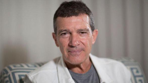 Antonio Banderas vive su 60 cumpleaños en cuarentena tras dar positivo por covid