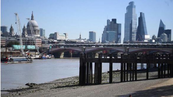 El Reino Unido entra en recesión al caer su PIB un 20,4%