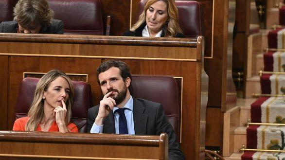 Casado renueva la cúpula del PP: aparta a Álvarez de Toledo del Congreso y nombra a Almeida portavoz nacional