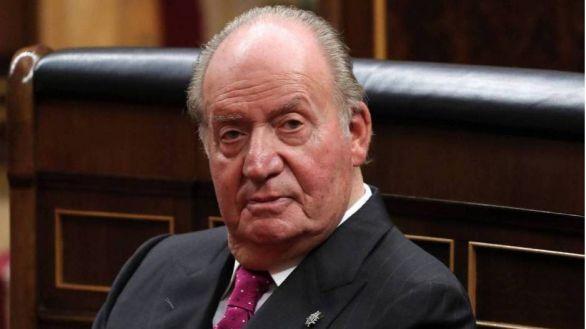 Manifiesto en apoyo al Rey Juan Carlos: más de 70 exministros y ex altos cargos del PSOE y PP defienden su legado