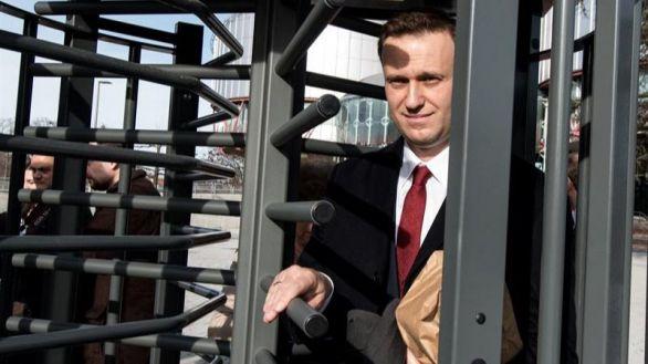 Médicos rusos sostienen que Navalni no fue envenenado y permiten su traslado a Berlín