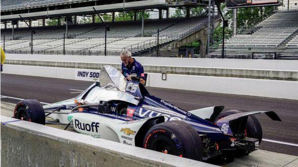 500 millas de Indianápolis. Alonso acaba en el puesto 21 y Palou abandona cuando iba 9º