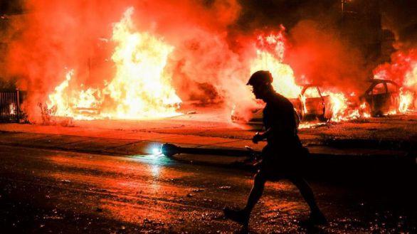 Tercera noche de disturbios en Wisconsin en las protestas por la violencia policial