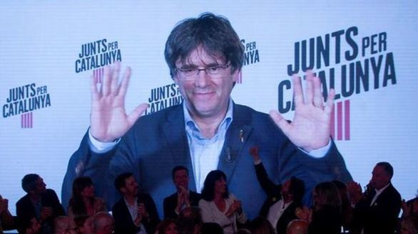 Puigdemont rompe el carné del PDeCAT y mantiene la pugna por la marca JxCat