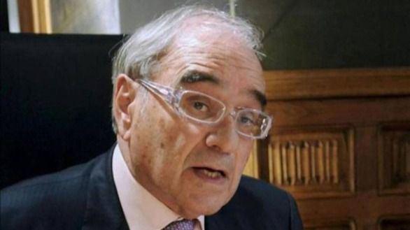 Cuatro expresidentes, a favor de Martín Villa en la querella argentina