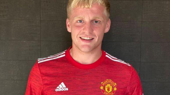 Van de Beek, tras sonar para el Barcelona, acaba en el Manchester United