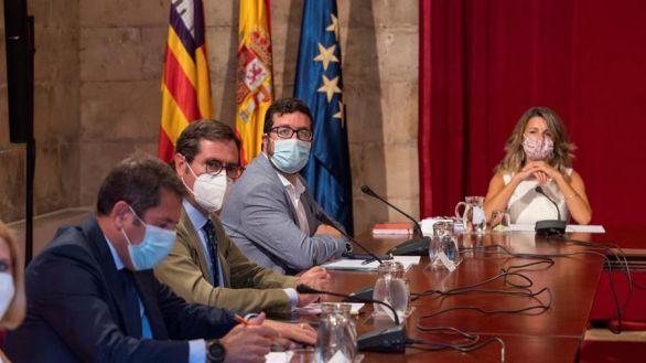 El acuerdo para prorrogar los ERTE se resiste y la negociación seguirá el lunes