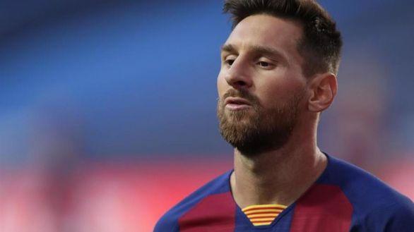 Messi mantiene el pulso al Barça y denuncia la