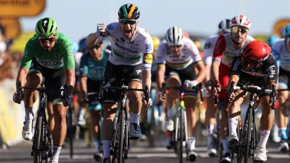 Tour de Francia. Bennett vence al miedo a las PCR y al viento