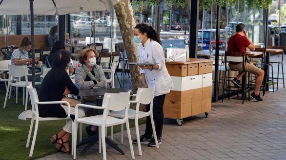 El Ayuntamiento de Madrid elimina la tasa de terrazas por la pandemia