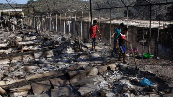 Declarado un nuevo incendio en el campo de refugiados de Moria