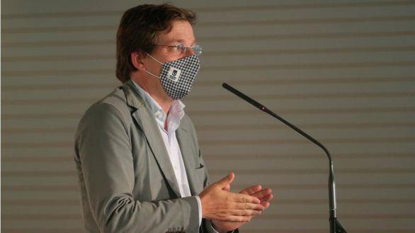 Almeida critica al PSOE por sugerir la