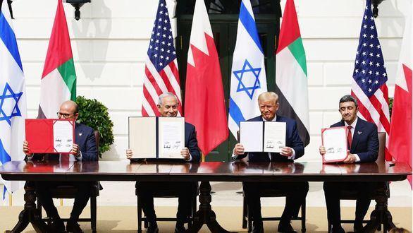 Histórica firma de acuerdos diplomáticos entre Israel, Emiratos Árabes y Baréin