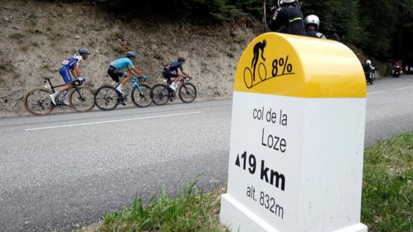 Tour de Francia. Gesta de 'Supermán' López en los Alpes y golpe de Roglic
