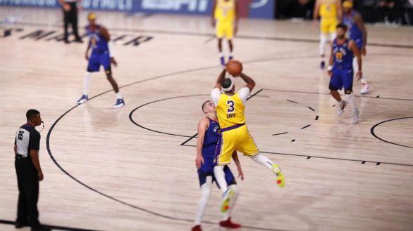 NBA Playoffs. Los Lakers acomplejan a los Nuggets en el estreno de las Finales del Oeste