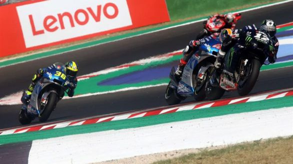 GP Emilia Romagna. Viñales gana y lidera el triplete español