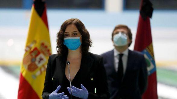 Ayuso y Almeida afean a la izquierda politizar las restricciones en el sur de Madrid