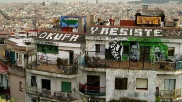 Los vecinos de Casabermeja se hartan y se lanzan a una reyerta contra los okupas