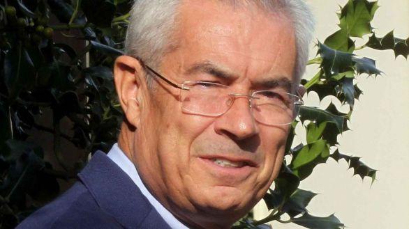 Dimite Emilio Bouza, portavoz del Grupo Covid-19 en Madrid