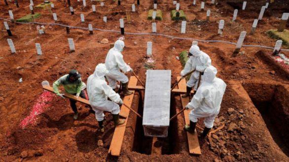 El mundo alcanza el millón de muertos por el coronavirus