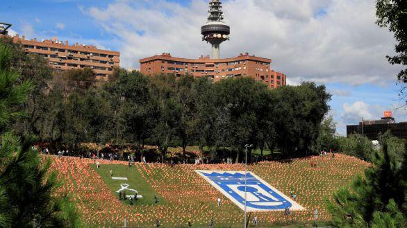 Plantan 53.000 banderas de España en homenaje a las víctimas del Covid-19