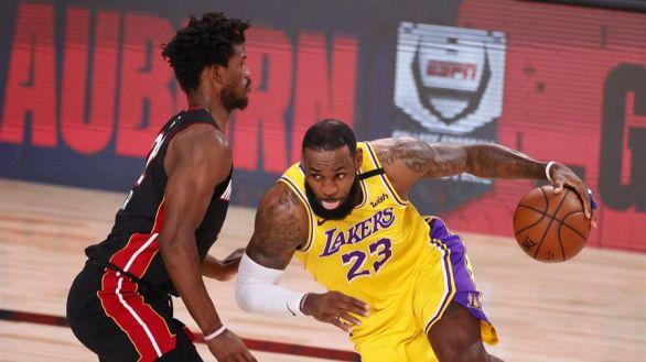 NBA Finals. Los Lakers acomplejan a los Heat para empezar | 1-0