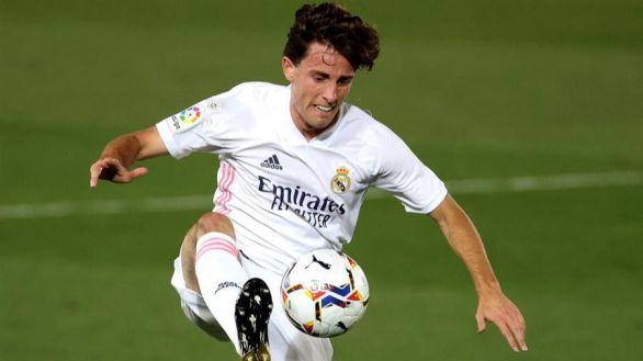Odriozola también cae lesionado y deja al Real Madrid sin laterales derechos