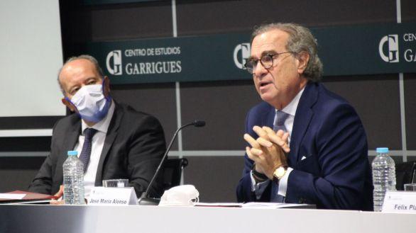 Alonso preside los Premios Jóvenes Juristas