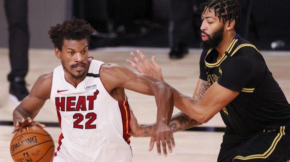 NBA Finals. Los Lakers se vuelven a dormir y Butler vuelve a rescatar a Miami | 3-2