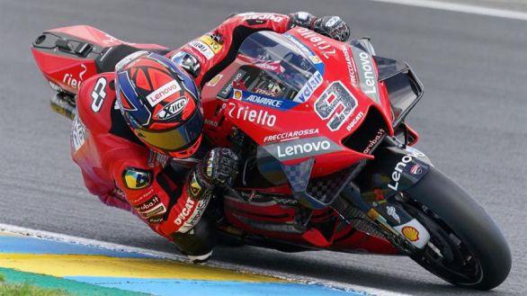 GP Francia. Petrucci gana y Álex Máquez sube al podio por vez primera