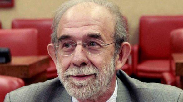 Dimite el magistrado del TC procesado por maltrato, Fernando Valdés