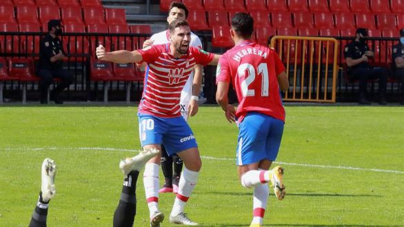 El Sevilla se va de vacío de Granada | 1-0