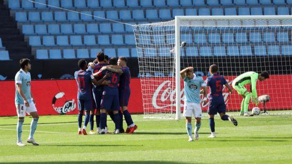 Luis Suárez factura el triunfo del Atlético en Vigo | 0-2