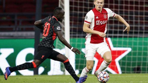 El Liverpool se basta para salir ganando de Amsterdam | 0-1