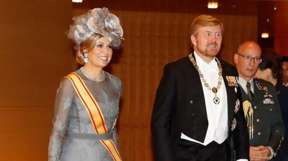 Polémica en Holanda por un viaje de los reyes Guillermo y Máxima: