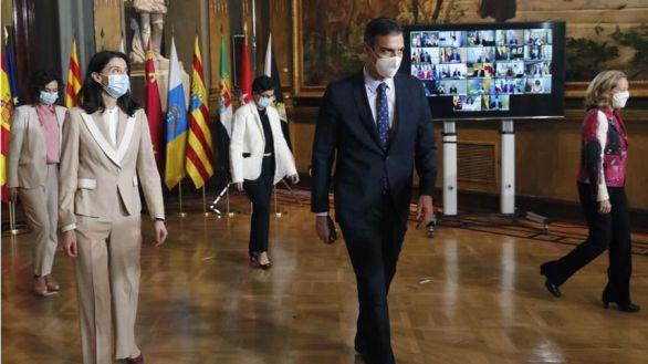 Sánchez promete a las comunidades el 50% de los fondos europeos a cambio de apoyo a los presupuestos