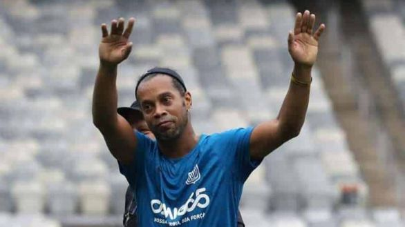 El annus horribilis de Ronaldinho: tras cinco meses preso se contagia de Covid-19