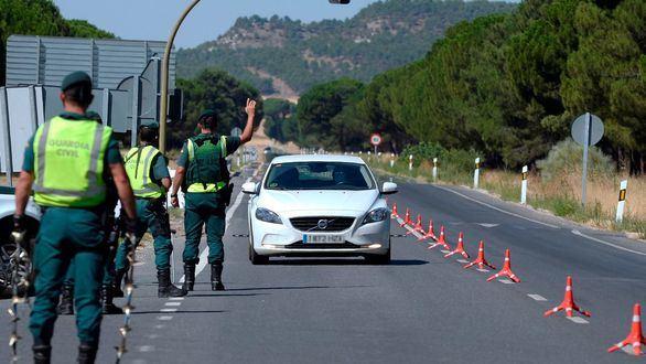 Detenido con un permiso de conducción de la 'República Errante Menda Lerenda'